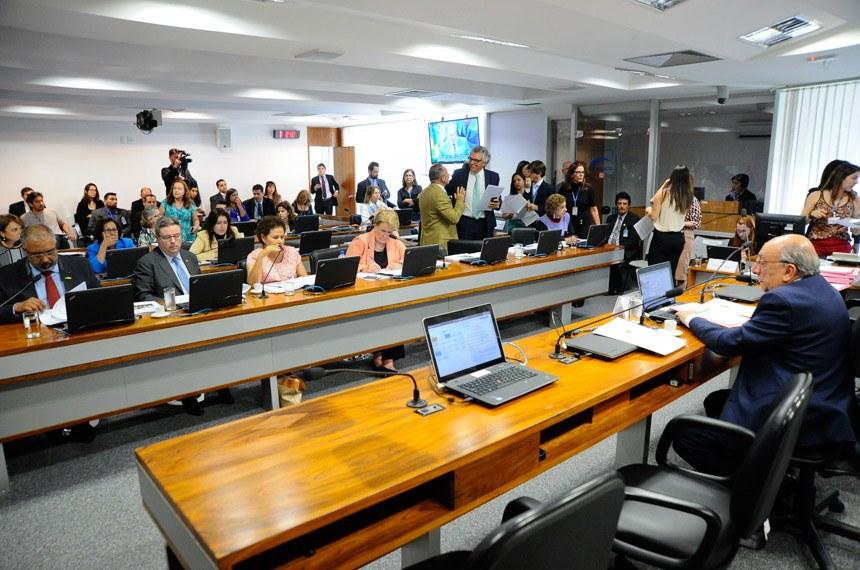 Senado aprova a criação da Política Nacional de Leitura e Escrita